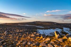 The summit plateau of Glas Bheinn