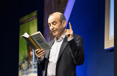 Raja Shehadeh author reading at the Edinburgh International Book Festival