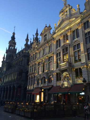 The Grand Place at night... (heart eyes emoticon)