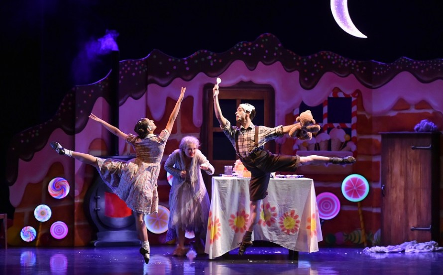 Wee Hansel & Gretel by Scottish Ballet