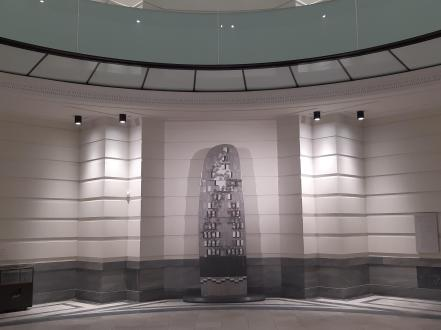 The new war memorial with art by Gordon Burnett
