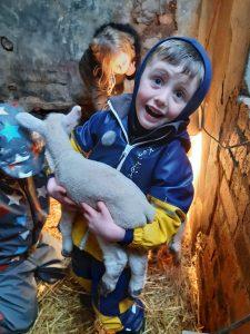 Glamping Scotland - Craigduckie Shepherds Huts, Dunfermline, Fife