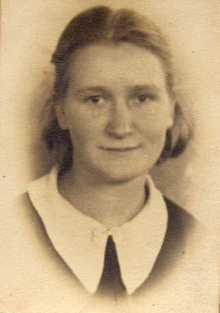 Della Mae ROBERTS