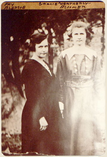 """Fay BLEDSOE and Gracie """"Weatherly"""" BLOOMER"""