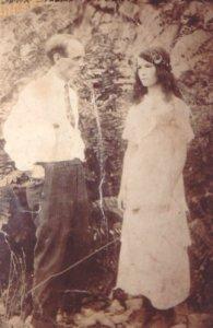 Iva DAVIS & John SPEARS
