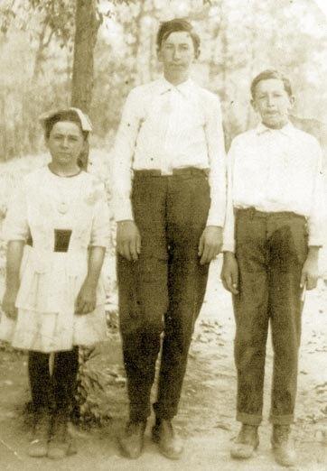 Nannie, Emmett & Willie HAWKINS