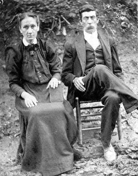 Thomas W. CARTER and Mary MULLINS