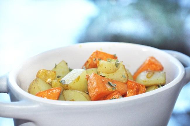 Garlic Infused Mixed Potatoes 10003