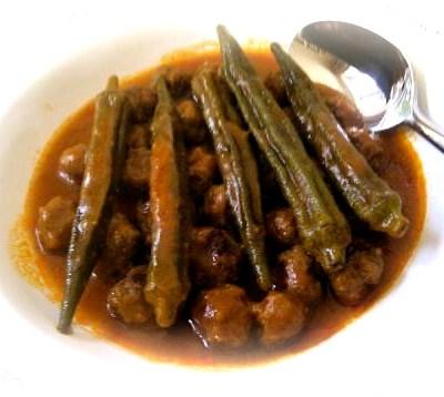 Guest Recipe : Meatball and Okra Casserole