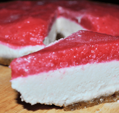 Raw Food Cheesecake – Suitable for Vegans