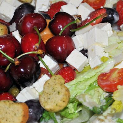 Apetina Cheese – Summer Suncatcher Salad, with a Chance to Win a Fabulous Hamper