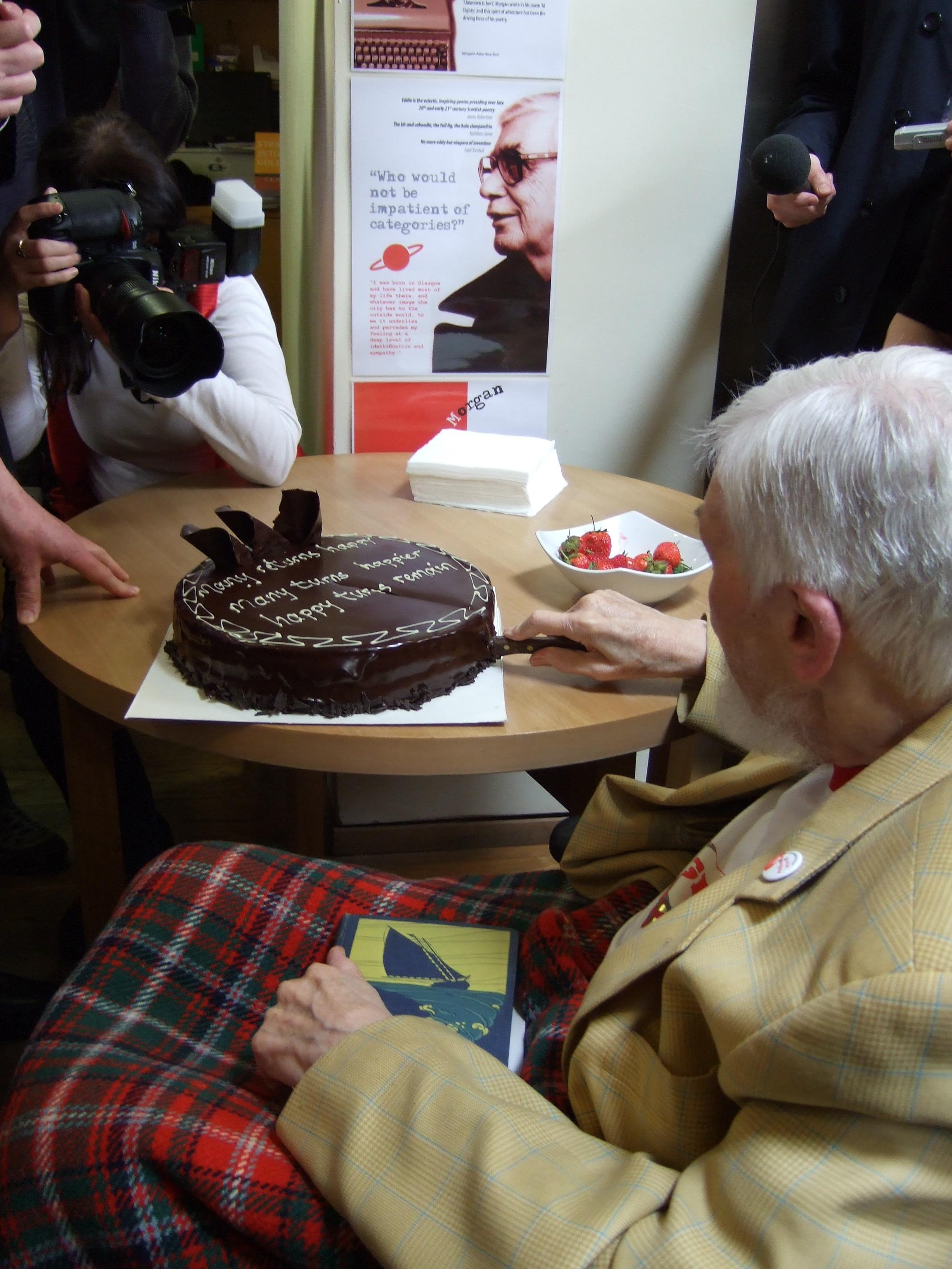 EM cuts the cake