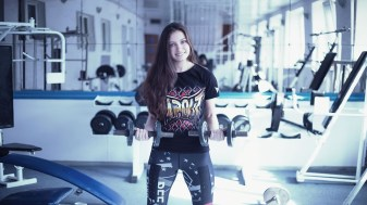 girl-in-the-gym