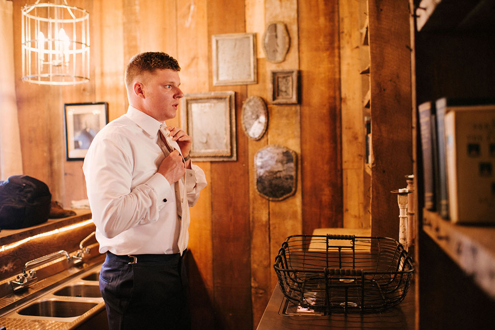 Scott-Patrick-Myers-Missouri-Rustic-Wedding-Melton-wedding-20140524-026