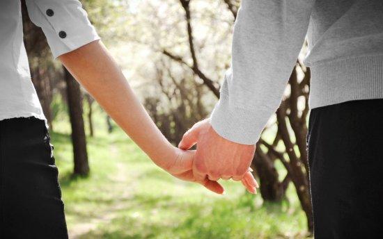 courtship-romance-ftr