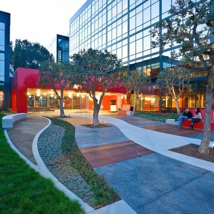 Campus 2100 (HLW) - El Segundo
