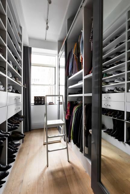 Chelsea Loft - New York - Master Bedroom Closet