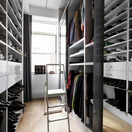 Chelsea Loft - New York - Master Bedroom Closet