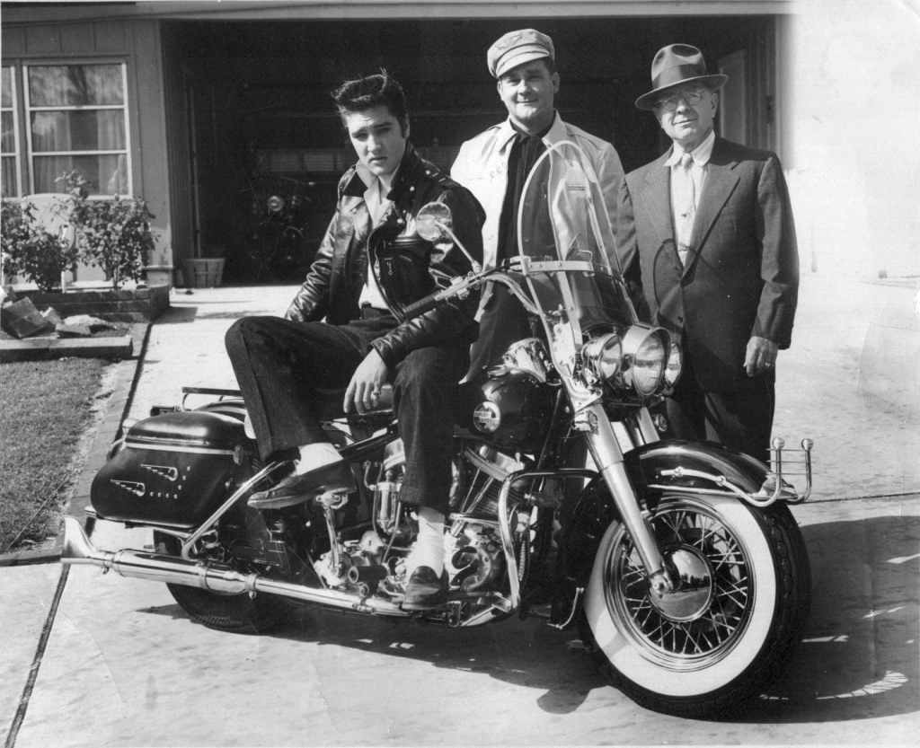 hight resolution of elvis takes delivery of his 1957 harley davidson flh with sales and service manager big al mcalexander and b w barfield mr b of the memphis