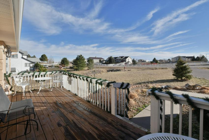 Gorgeous Walkout Ranch Home in-large-004-12-Porch-1500x1000-72dpi