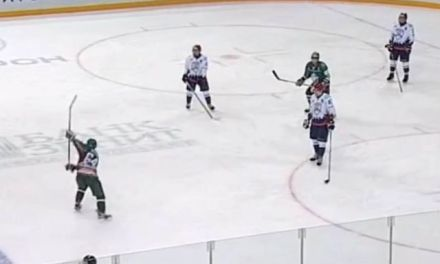 Russian Junior Team Stops Playing to Protest Officiating