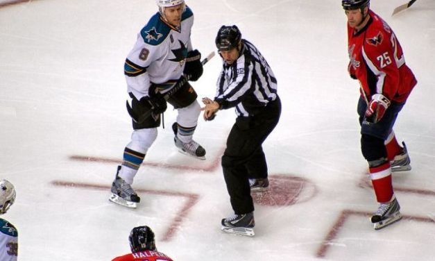 Tonight's NHL Referees & Linesmen – 1/13/15