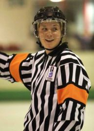 Referee Joy Tottman (GBR)