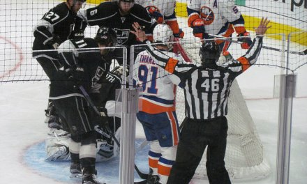 Tonight's NHL Referees & Linesmen – 12/19/15