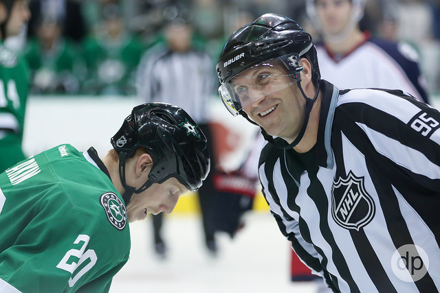 Tonight's NHL Referees & Linesmen – 1/19/16