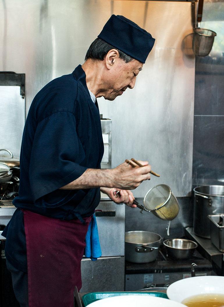 Chef-Sato