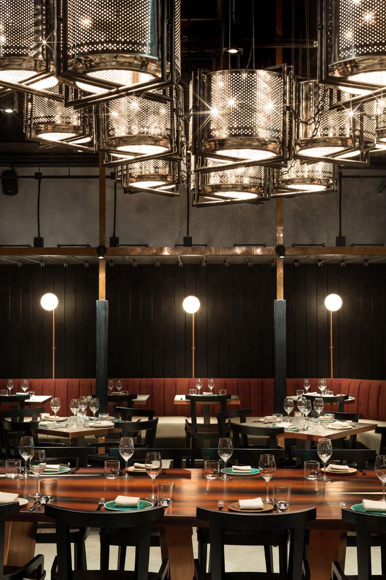 dennis-lo-rhoda-restaurant-joyce-wang-studio-hong-kong-interior-design_dezeen_3408_2