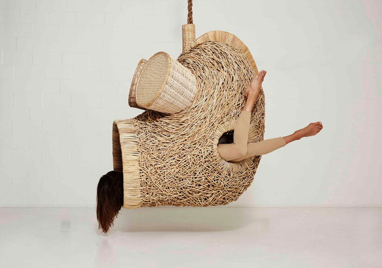 porky-hefer-exhibition-design-new-york-city-usa_dezeen_2364_col_1