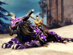 Sylvari riding a reclining GW2 warclaw mount