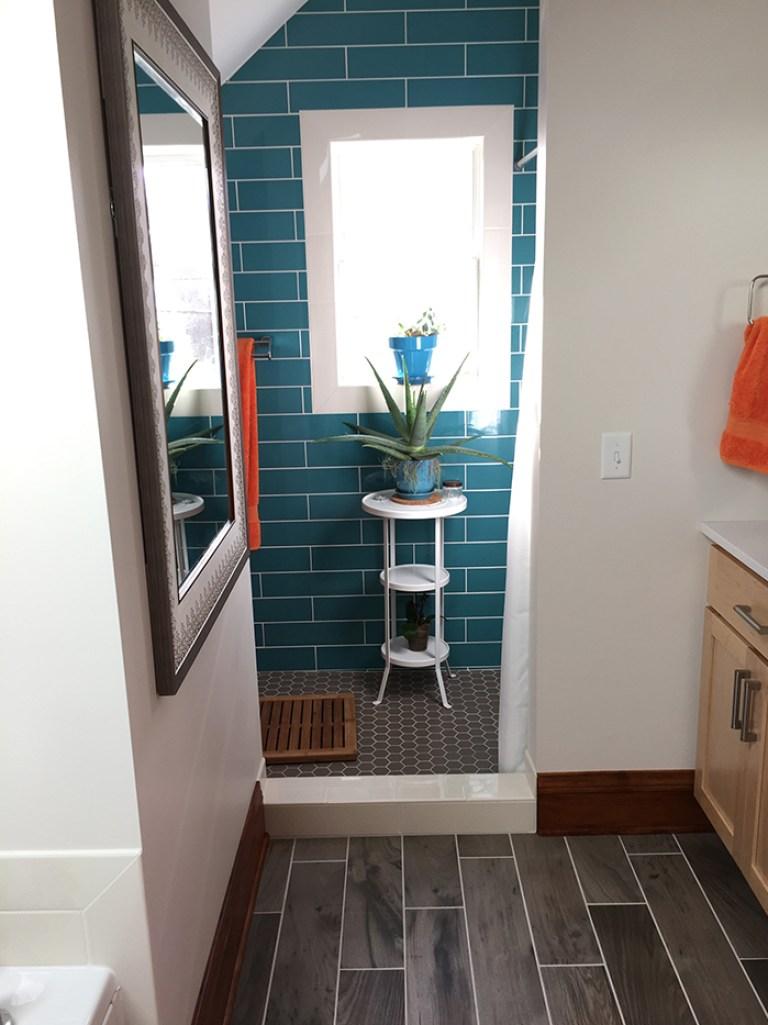 Bright Turquoise Bathroom