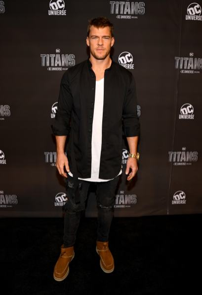NEW YORK, NY - OCTOBER 03: Actor Alan Ritchson attends DC UNIVERSE's Titans World Premiere on October 3, 2018 in New York City. (Photo by Dave Kotinsky/Getty Images for DC UNIVERSE)