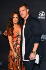NEW YORK, NY - OCTOBER 03: Actors Minka Kelly (L) and Alan Ritchson (R) attend DC UNIVERSE's Titans World Premiere on October 3, 2018 in New York City. (Photo by Dave Kotinsky/Getty Images for DC UNIVERSE)