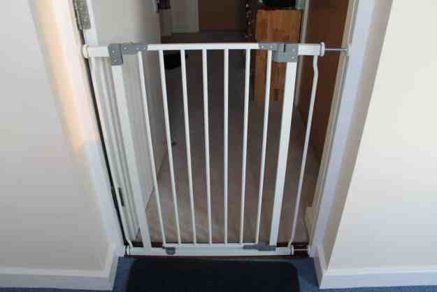 dream baby  security gate