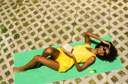 Tips for Shooting in the Midday Sun from PhotoJojo