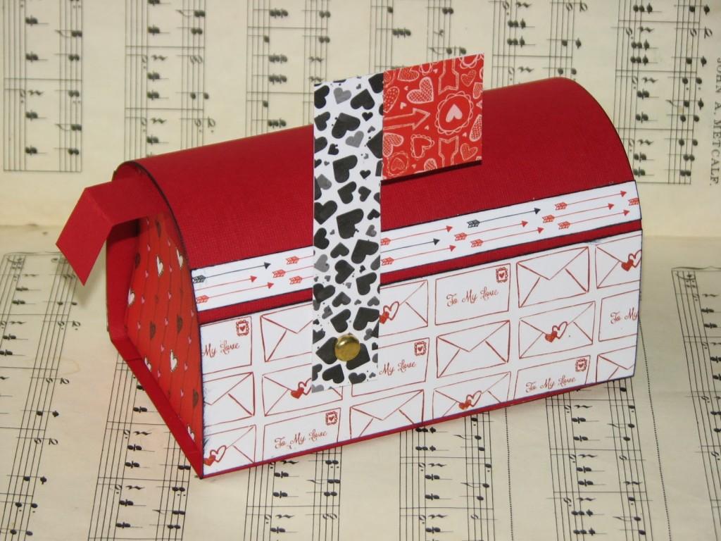 valentine's day mailbox 001