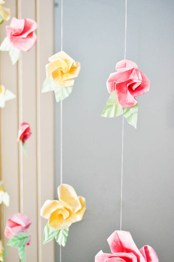 Tutorial diy origami flower curtain scrap booking mightylinksfo