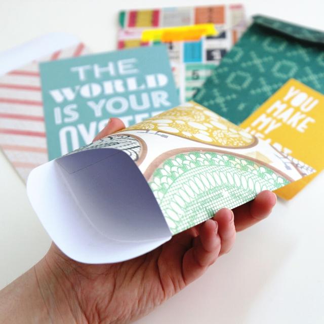 DIY Scrapbook Paper Pocket Envelope