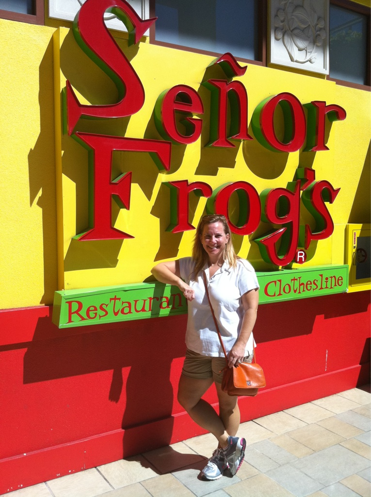 Senor Frog in Hawaii