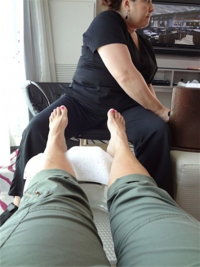 Sony Moms foot massage & reflexology