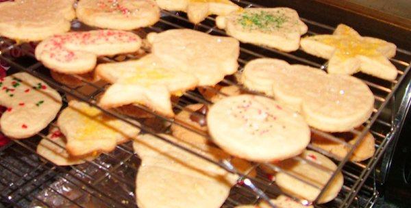 Sugar cookie vanilla smell