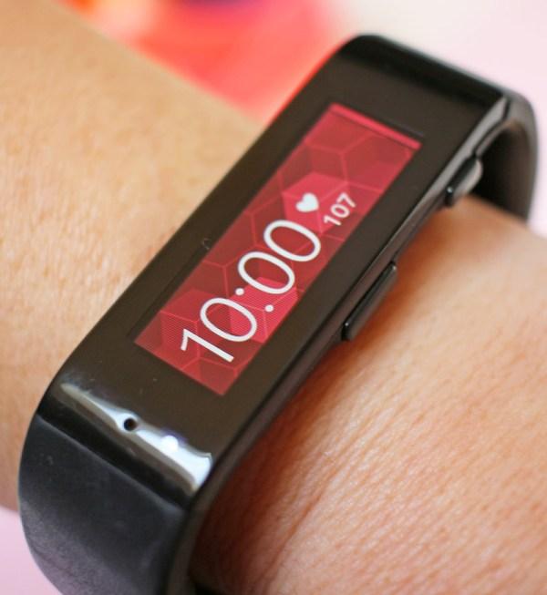 Microsoft Band shows the time #microsoftblogger