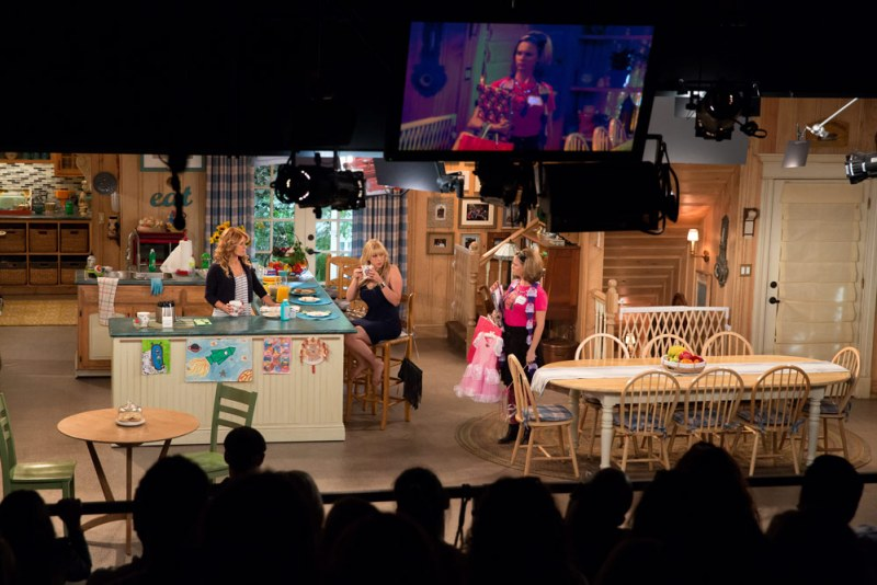 Fuller House Behind the Scenes photos #StreamTeam
