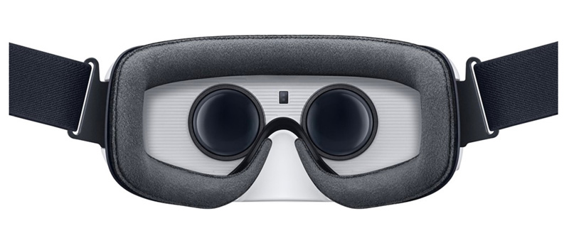 Samsung-phone-on-Gear-VR-Best-Buy