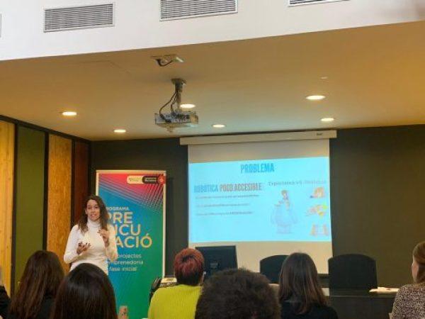 Mochi Robot Barcelona Activa Natalia Pujades