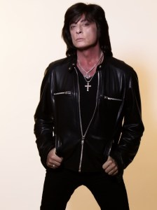 JOE LYNN TURNER - promo shot - 2-24-16