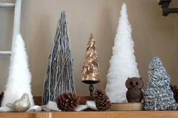 diy-mantle-christmas-trees